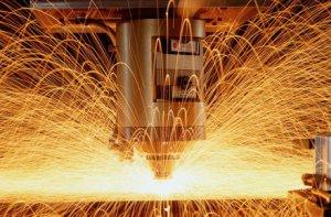 Преимущества и недостатки использования лазерной резки при выполнении строи ...
