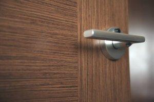 Как правильно подбирать ручки для дверей?