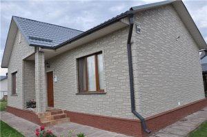 Преимущества и недостатки фасадных панелей ПВХ