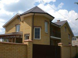 Услуги строительства домов под ключ: в чем особенности?